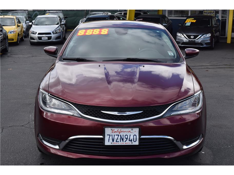 2015 Chrysler 200 from SPEED MAX
