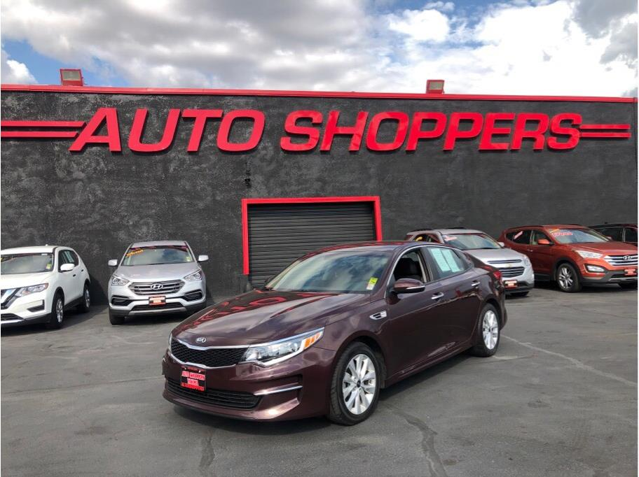 2017 Kia Optima from Auto Shoppers