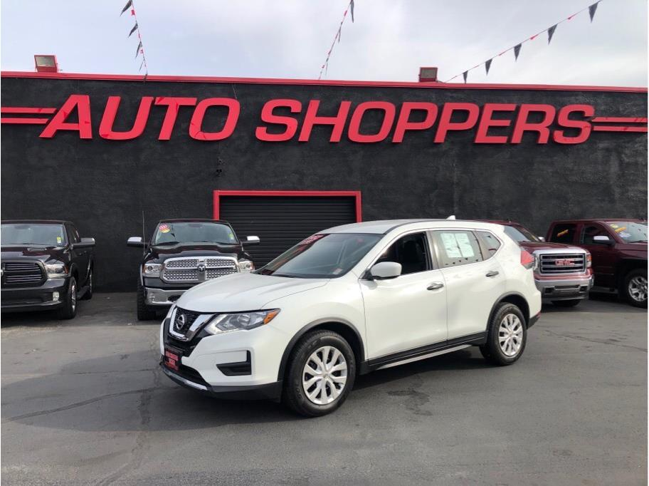 2017 Nissan Rogue from Auto Shoppers