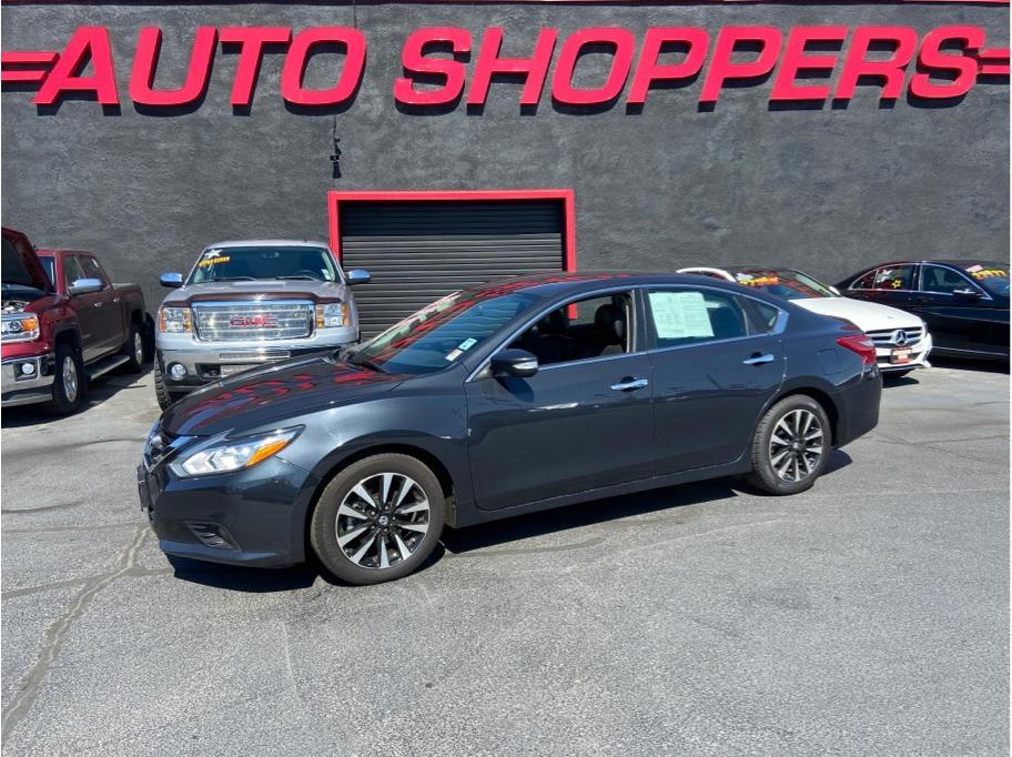2018 Nissan Altima from Auto Shoppers