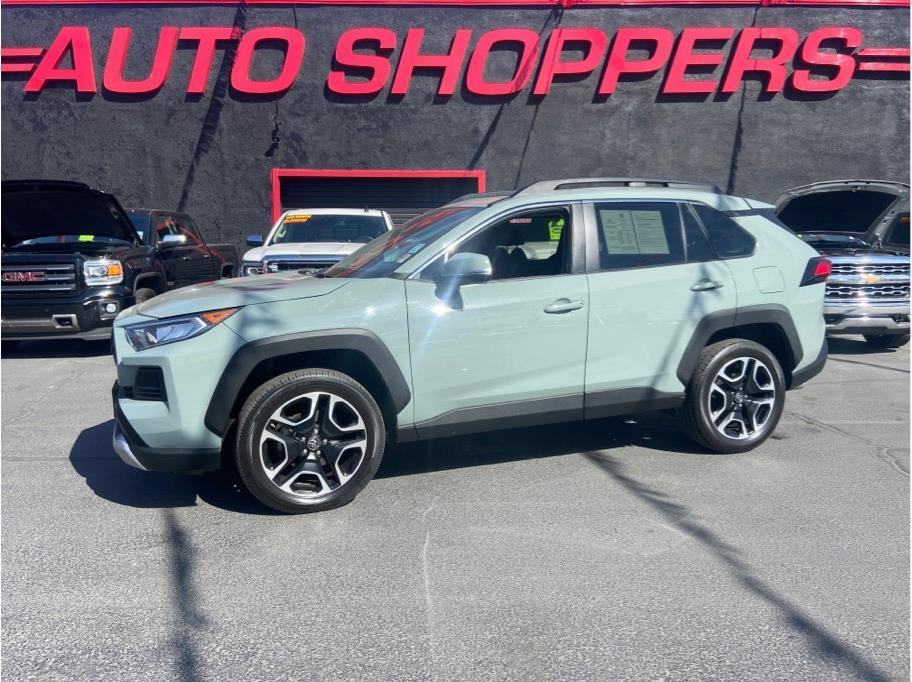 2019 Toyota RAV4 from Auto Shoppers