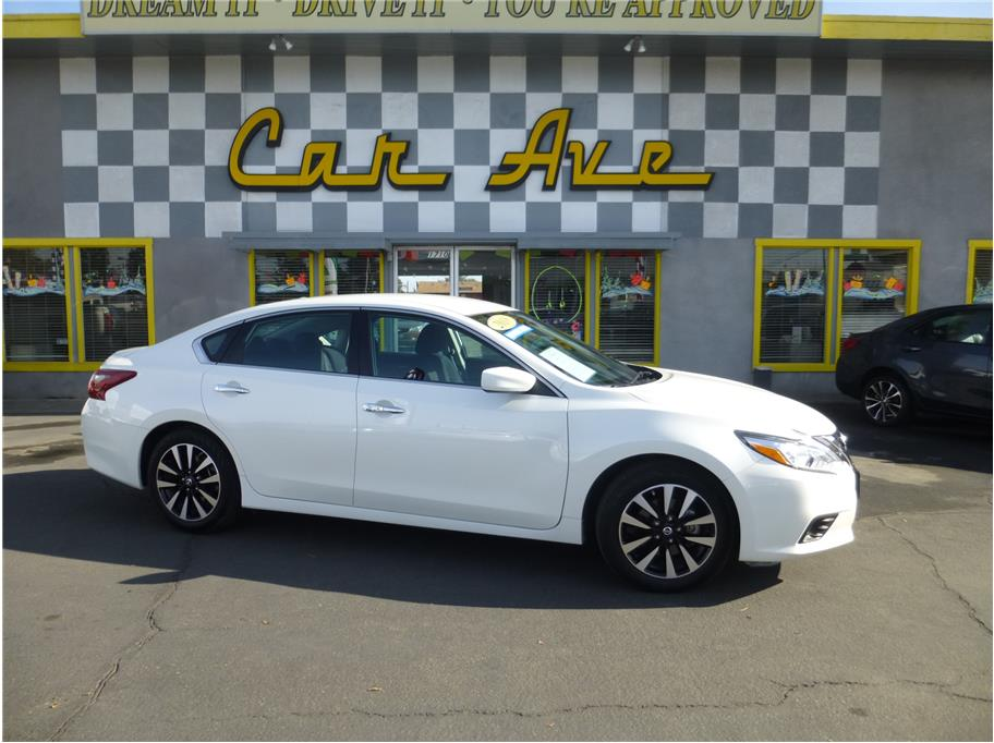 2018 Nissan Altima from CAR AVE
