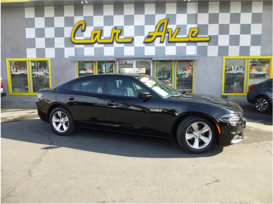 2018 Dodge Charger from CAR AVE