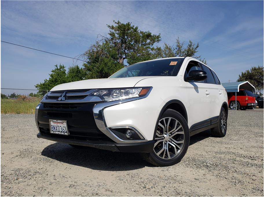 2018 Mitsubishi Outlander from Super Shopper Auto Sales Inc