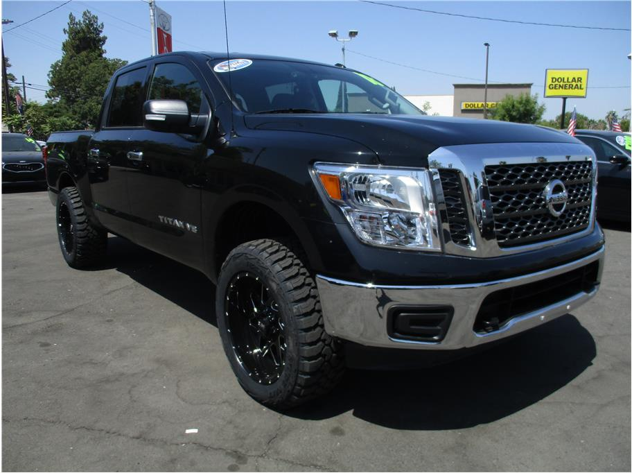 2018 Nissan Titan Crew Cab from Sierra Auto Center Fowler