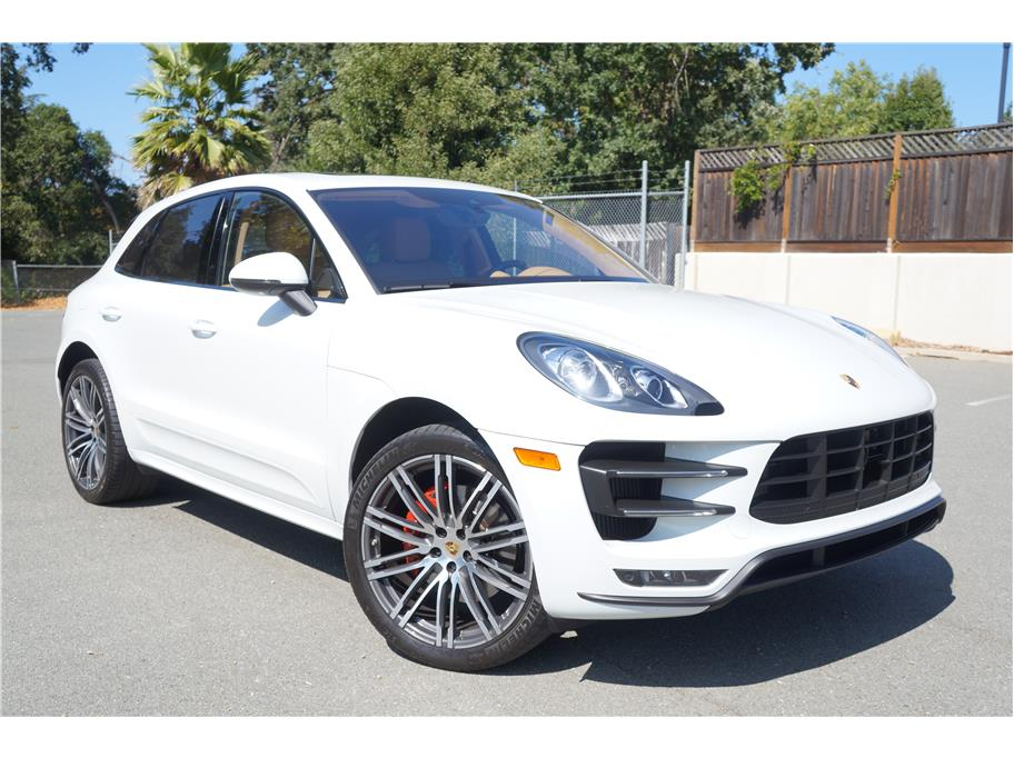 2015 Porsche Macan from Calidad Motors, Inc.