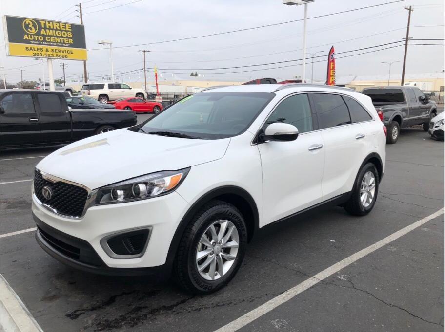 2017 Kia Sorento from Three Amigos Auto Center