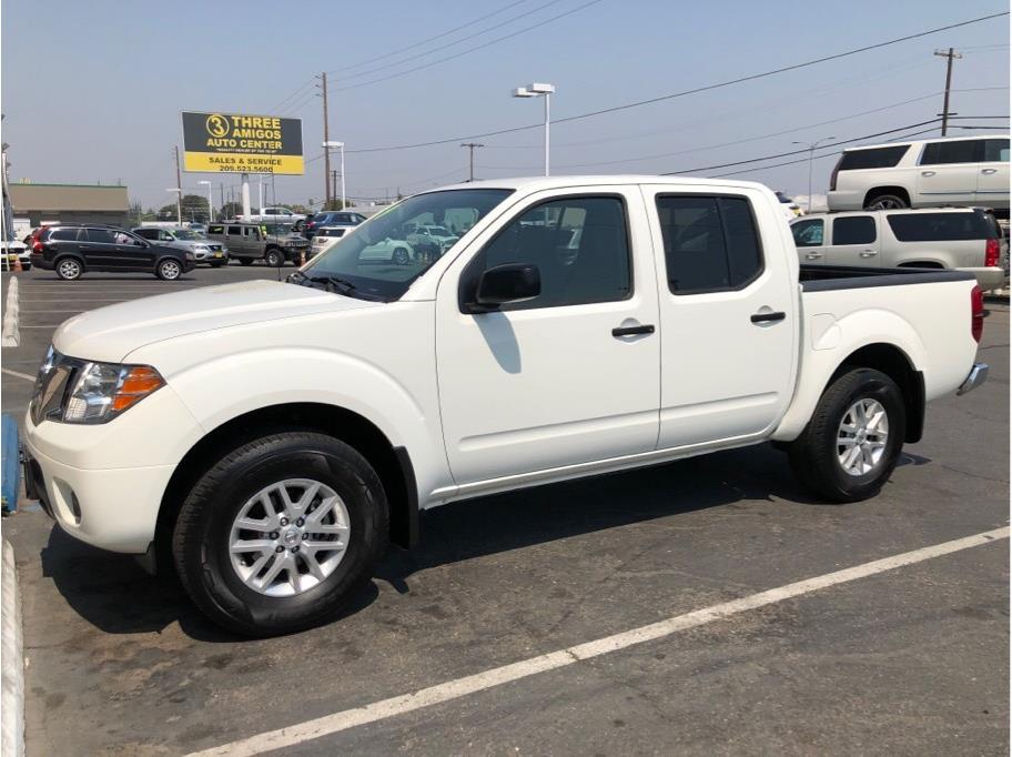 2019 Nissan Frontier Crew Cab from Three Amigos Auto Center