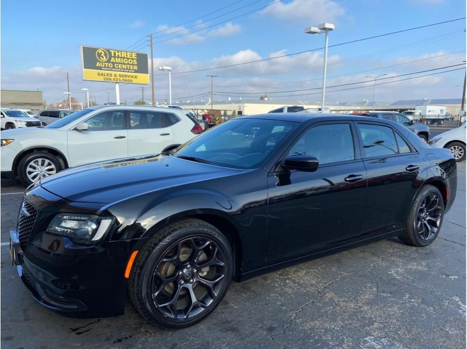 2019 Chrysler 300 from Three Amigos Auto Center