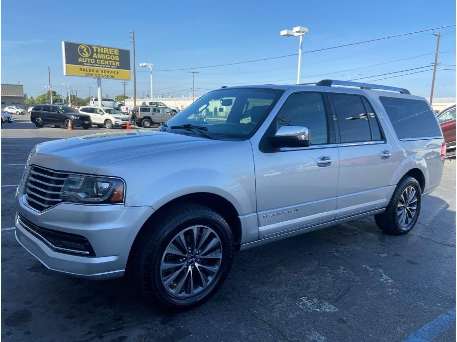 2016 Lincoln Navigator L from Three Amigos Auto Center
