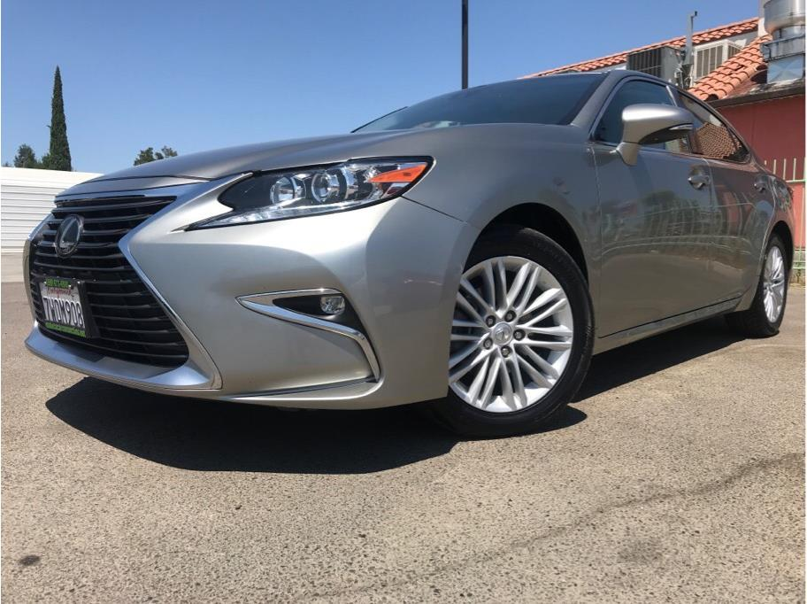 2017 Lexus ES from Madera Car Connection