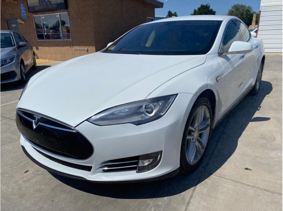 2013 Tesla Model S from Madera Car Connection