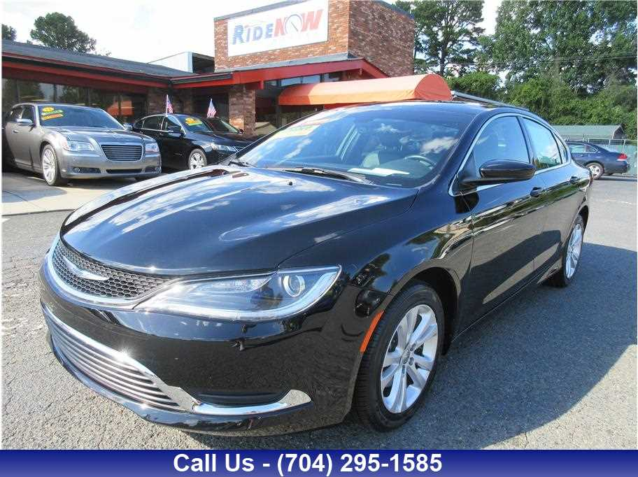 2017 Chrysler 200 from Ride Now Motors