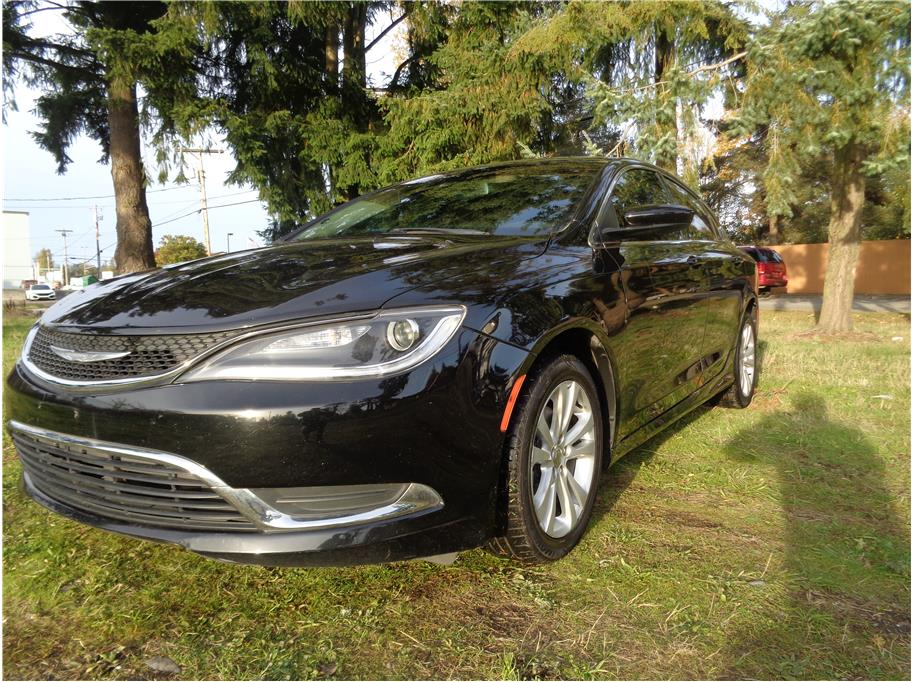 2016 Chrysler 200 from seattle auto inc