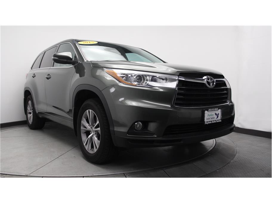 2015 Toyota Highlander from Payless Auto Sales