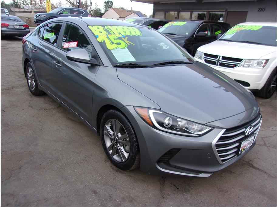 2018 Hyundai Elantra from Smart Auto