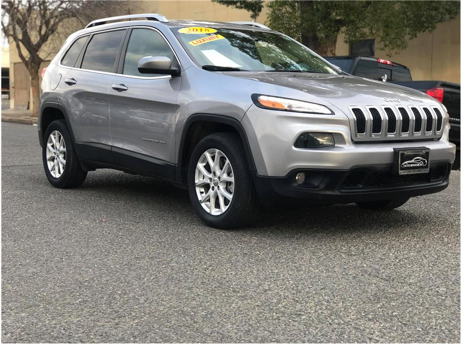 2018 Jeep Cherokee from Auto Resources