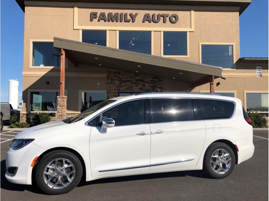 2017 Chrysler Pacifica from Moses Lake Family Auto Center