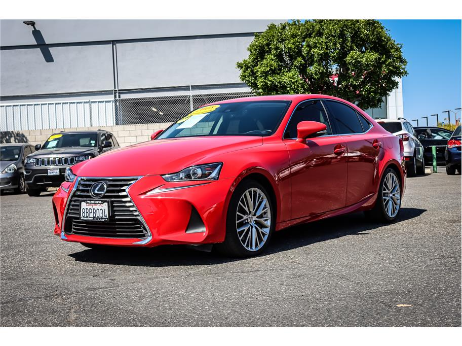 2018 Lexus IS from Quantum Auto Sales