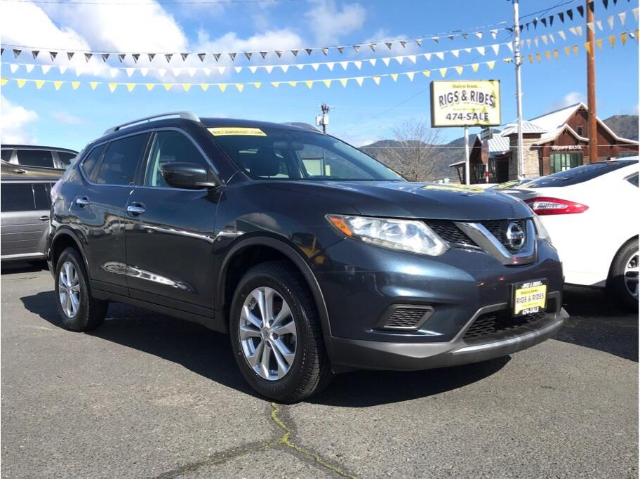 2016 Nissan Rogue from Rigs & Rides