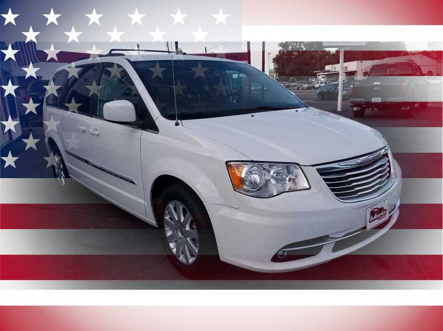 2015 Chrysler Town & Country from Warner Auto Center
