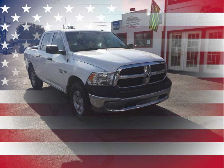 2016 Ram 1500 Crew Cab from Warner Auto Center