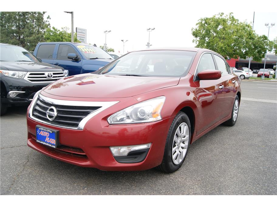 2015 Nissan Altima from Auto Plaza