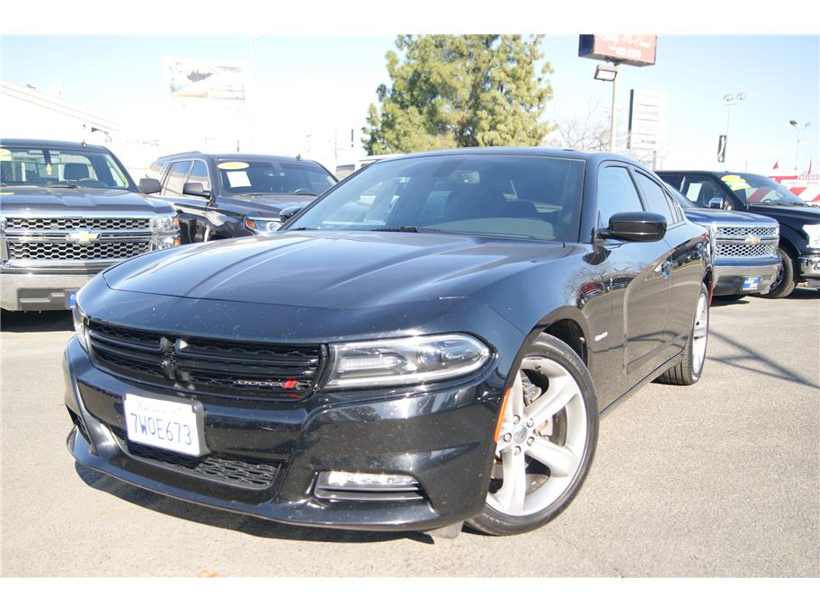 2017 Dodge Charger from Auto Plaza