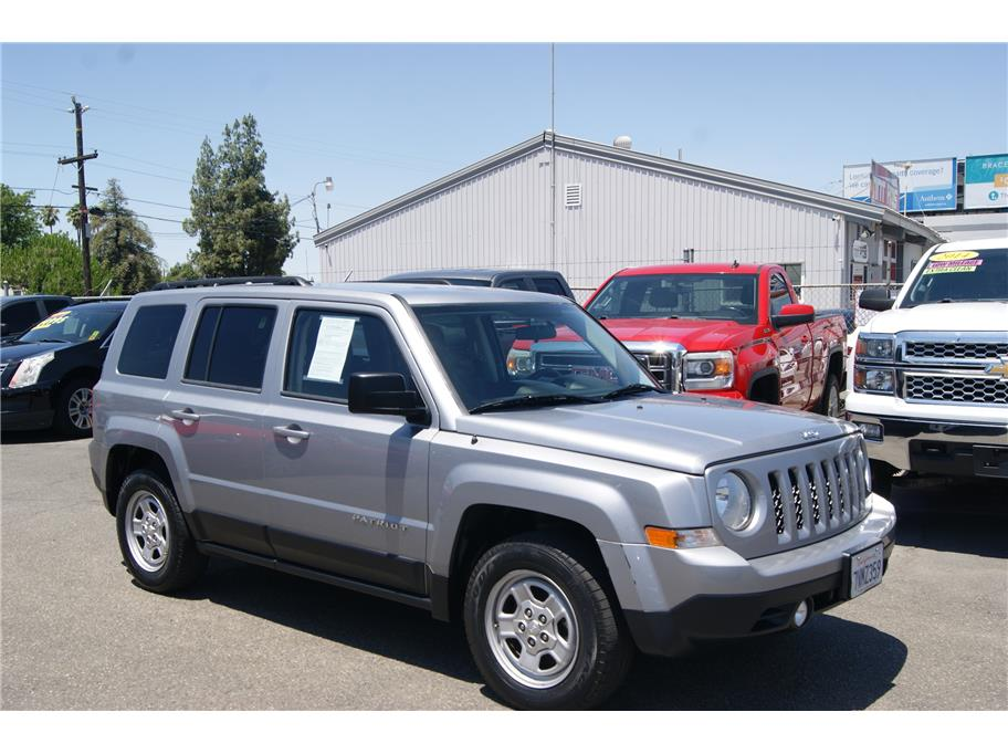 2015 Jeep Patriot from Auto Plaza