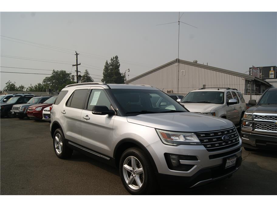 2016 Ford Explorer from Auto Plaza