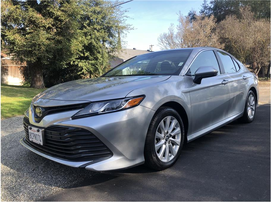 2018 Toyota Camry from Eddies Auto World