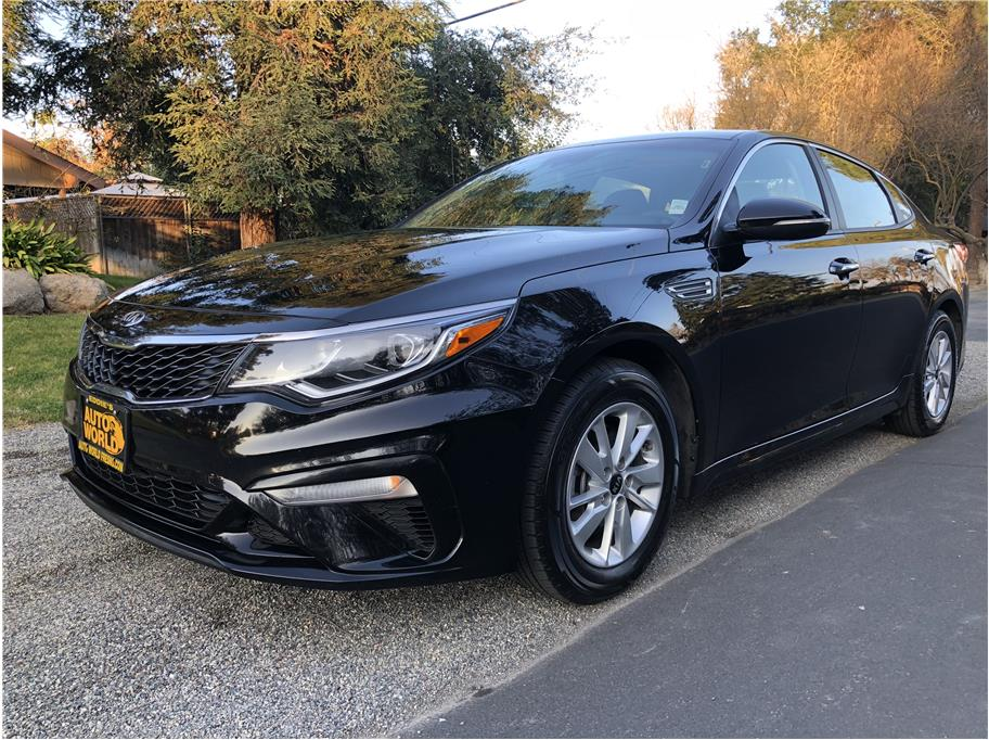 2019 Kia Optima from Eddies Auto World