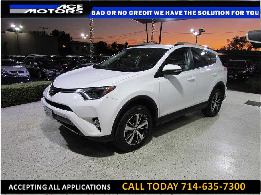 2016 Toyota RAV4 from ACE Motors