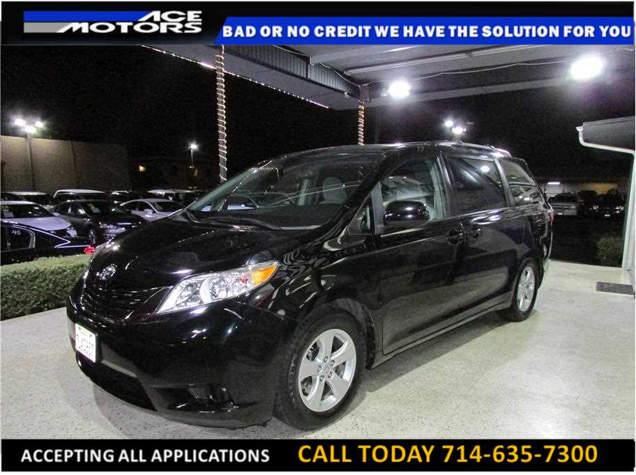 2015 Toyota Sienna from ACE Motors