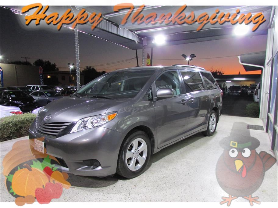 2017 Toyota Sienna from ACE Motors