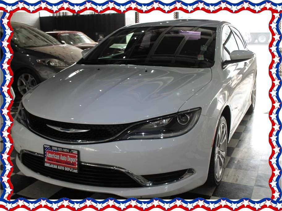 2015 Chrysler 200 from American Auto Depot