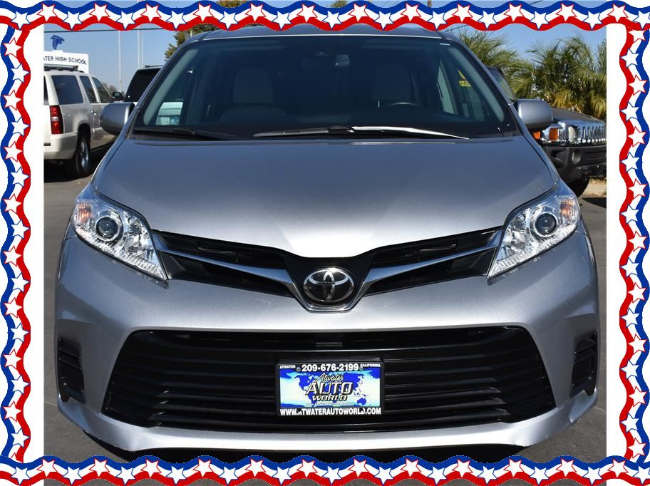 2018 Toyota Sienna from American Auto Depot