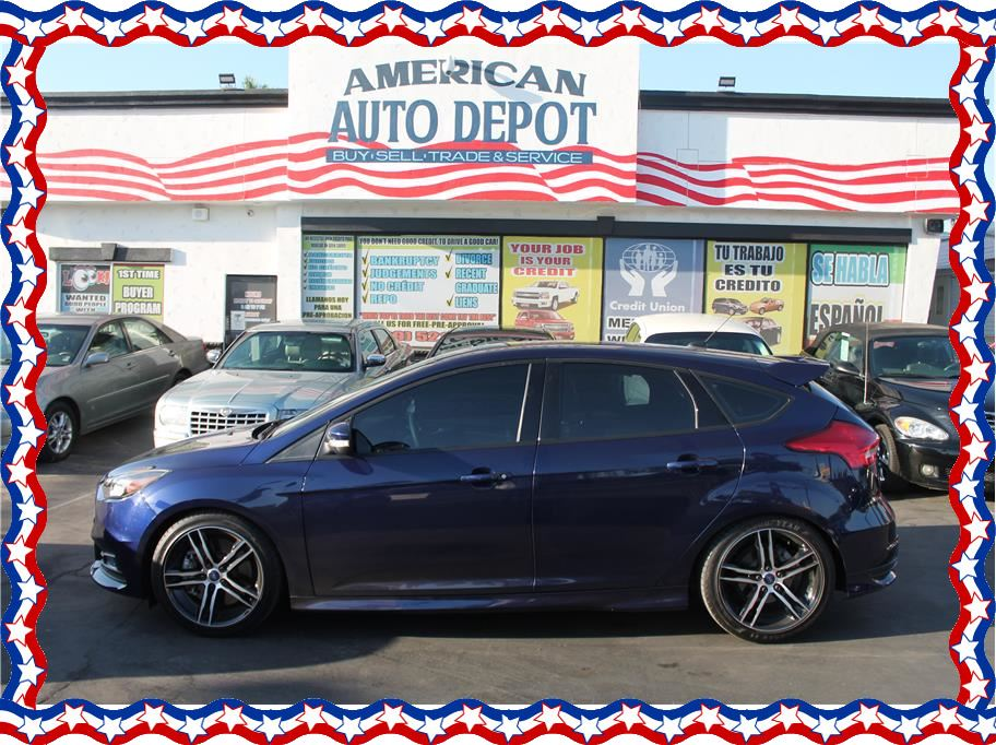 2016 Ford Focus from American Auto Depot