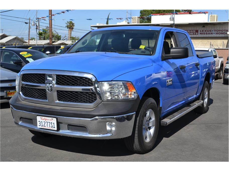 2015 Ram 1500 Crew Cab from Sams Auto Sales