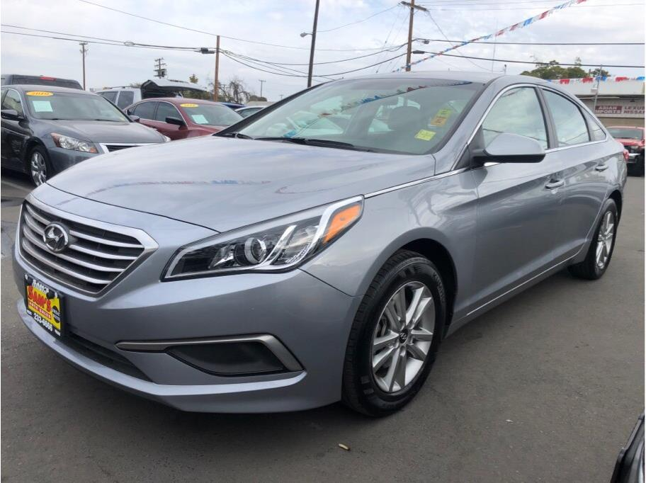 2017 Hyundai Sonata from Sams Auto Sales