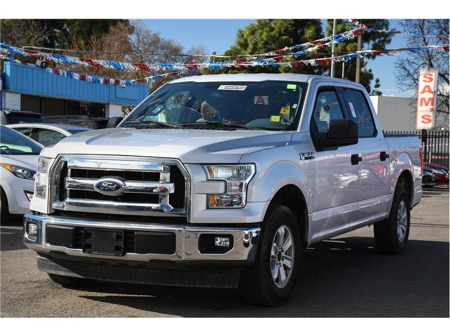 2017 Ford F150 SuperCrew Cab from Sams Auto Sales