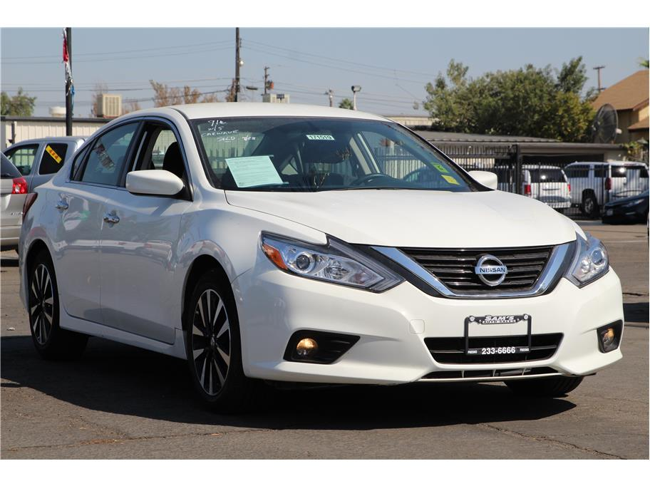 2018 Nissan Altima from Sams Auto Sales