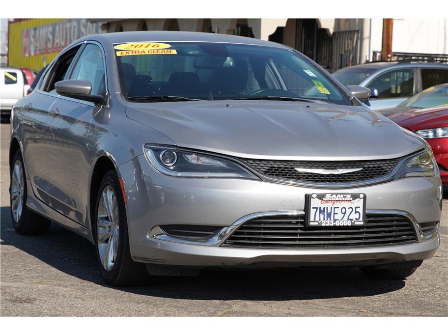 2016 Chrysler 200 from Sams Auto Sales