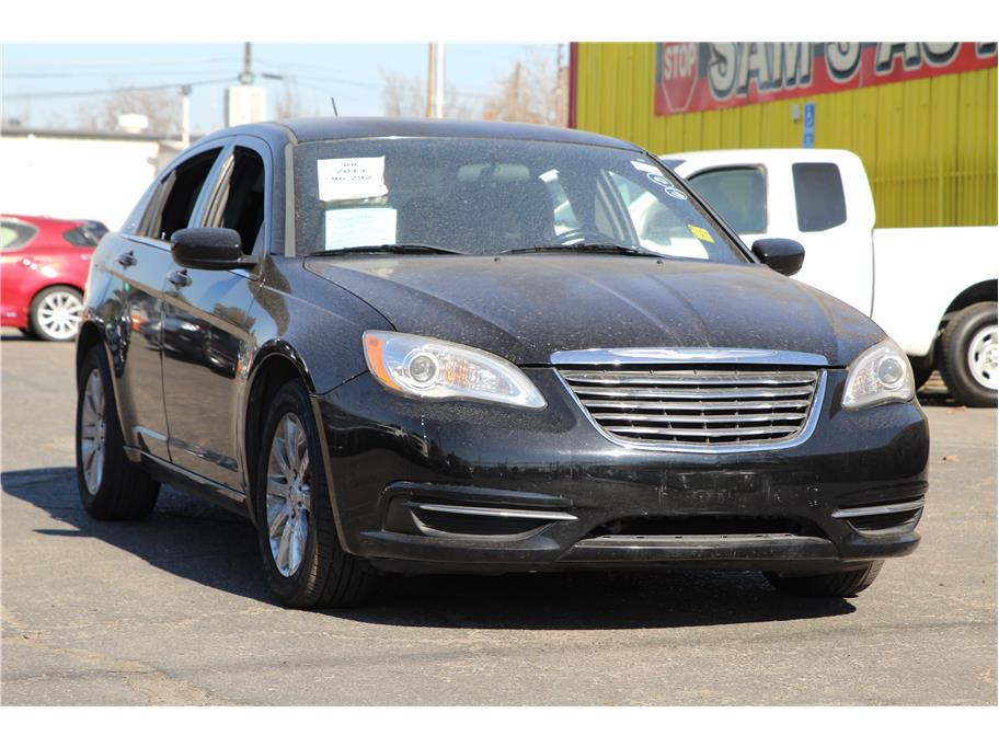 2013 Chrysler 200 from Sams Auto Sales