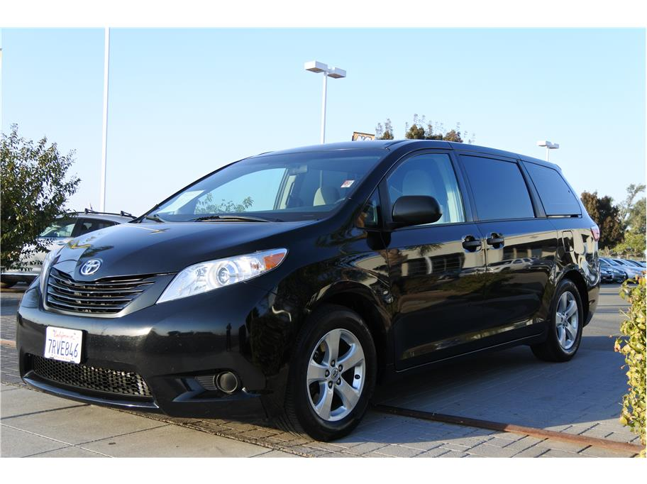 2016 Toyota Sienna from Las Palmas Auto Center