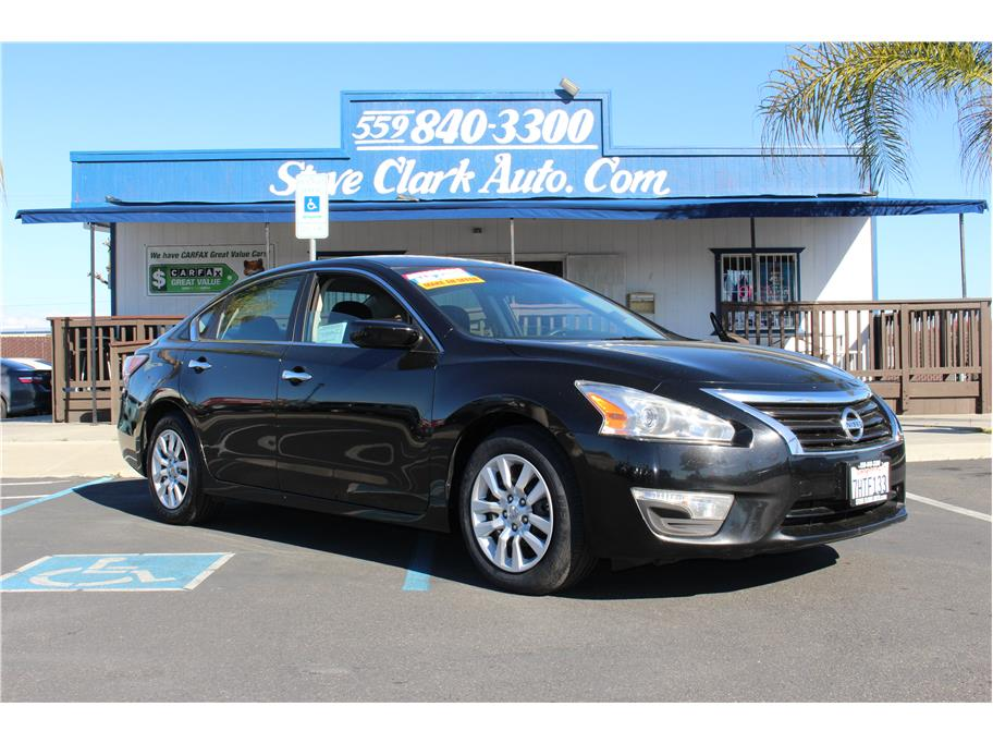 2015 Nissan Altima from Steve Clark Auto Sales
