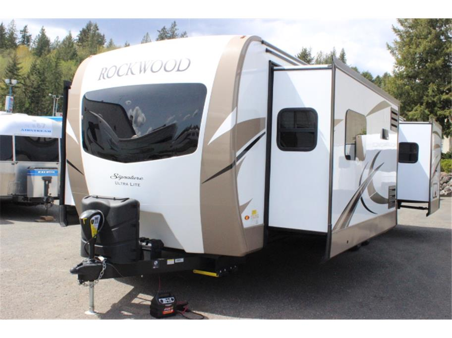 2019 Forest River  Rockwood Signature Ultra-Lite 8324BS from Kitsap RV