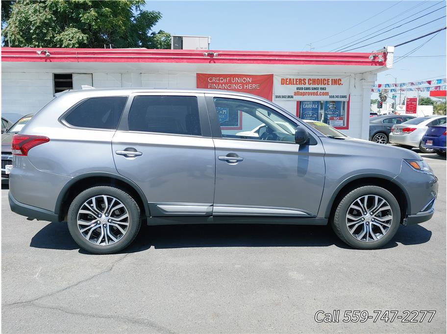 2018 Mitsubishi Outlander from Dealers Choice