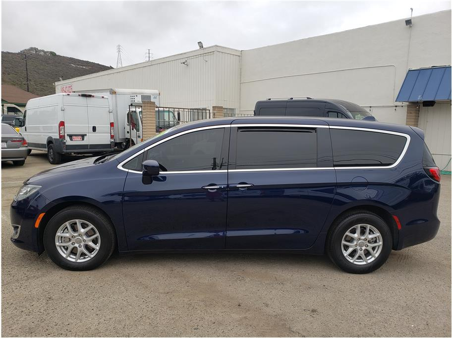 2020 Chrysler Pacifica from Dealers Choice III
