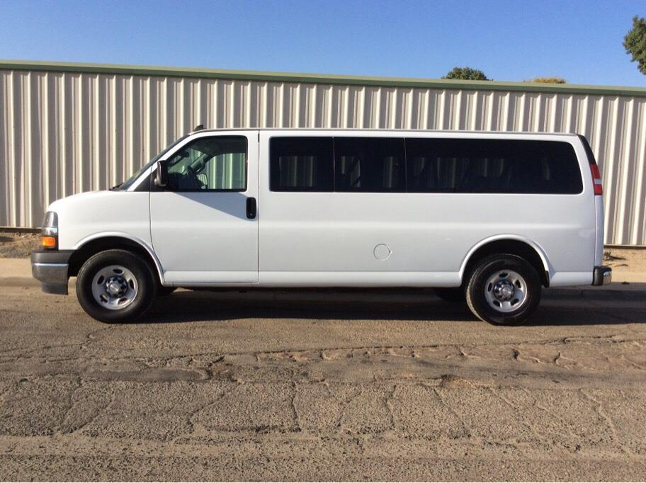2017 Chevrolet Express 3500 Passenger from Dealer Choice 2